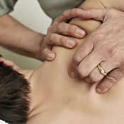 5125_osteopathy_for_shoulder_pain.jpg